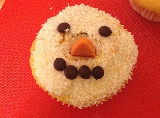 fertiger Schneemann Muffin