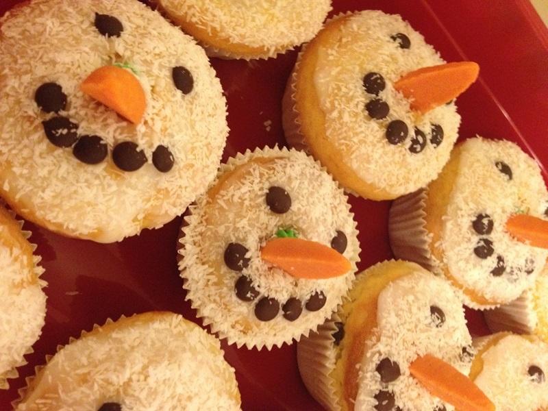 fertige Schneemann Muffins