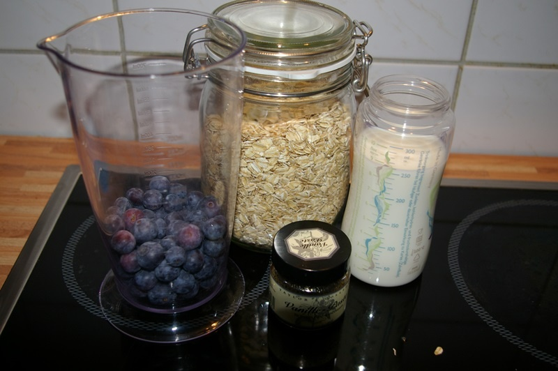 Die Zutaten für mein Blaubeer Porridge