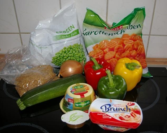 Zutaten die Reispfanne in pinkanter Frischkaesesauce