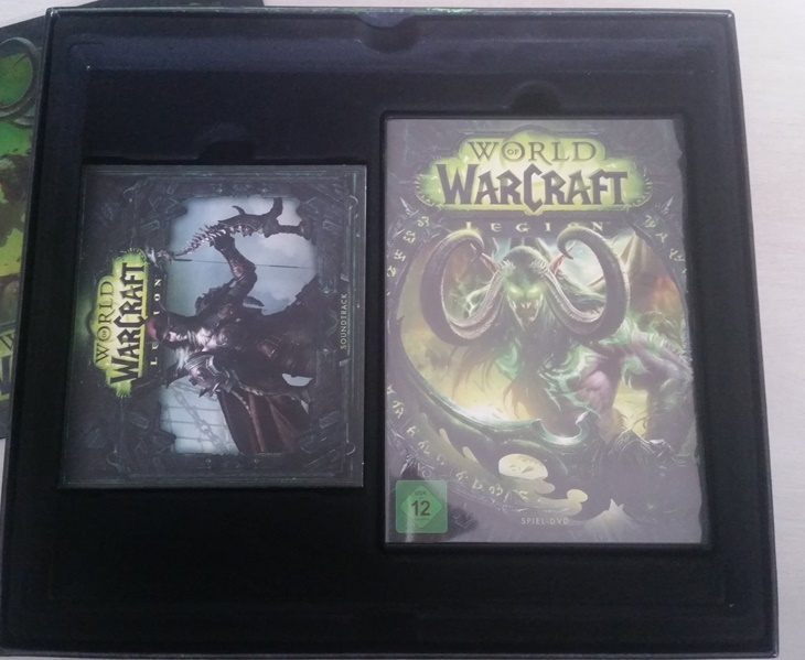 World of Warcraft Legion Collectors Edtion unboxing Game and Soundtrack