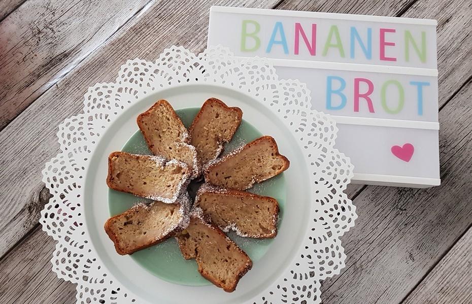 Rezept fuer ein veganes Bananenbrot ohne Zucker
