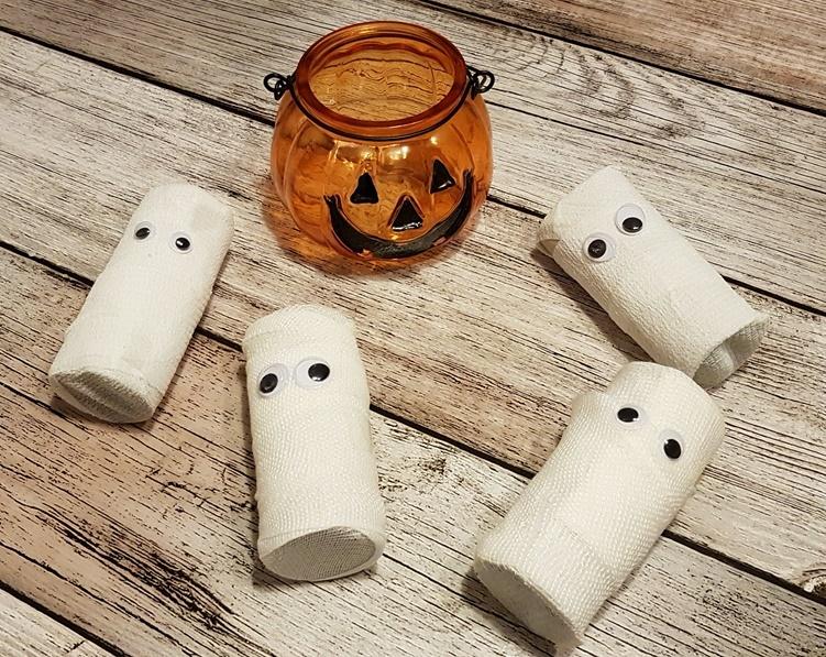 Mumien Pakete als Halloween Diy