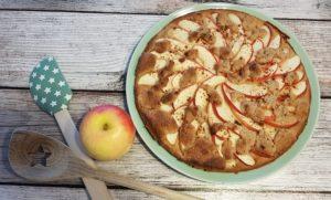 Low Carb Ofenpfannkuchen mit Apfel und Streuseln