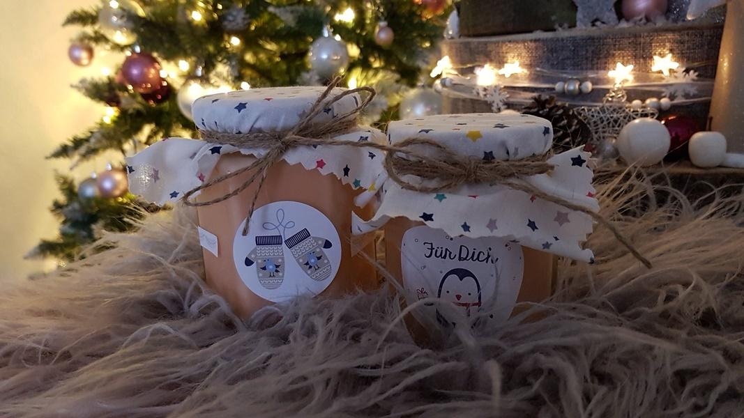 Weihnachtliche DIY Geschenkidee Duftkerzen