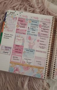 Einblick in die organisierte Wochenhaelfte im Erin Condren Life Planner