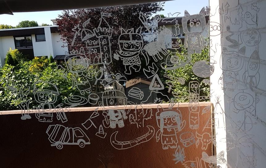 Ausmalposter DIY Fensterbild Idee mit Kreidefarbe