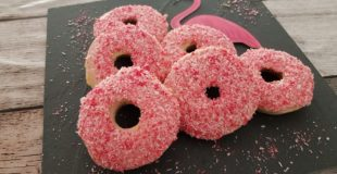 Flamingo Donuts aus dem Backofen
