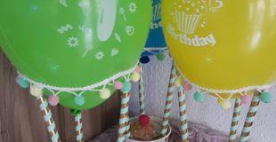 mit Suessigkeiten gefuellte Heissluftballons zum Kindergeburtstag ein absoluter Hingucker