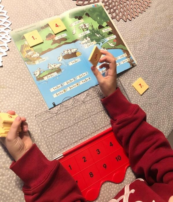Mathematik lernen mit Hilfe des LÜK Kastens